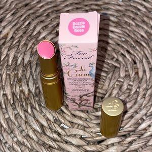 Too Faced La Crème Lipstick in Razzle Dazzle Rose